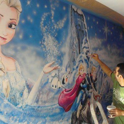 mural infantil niña