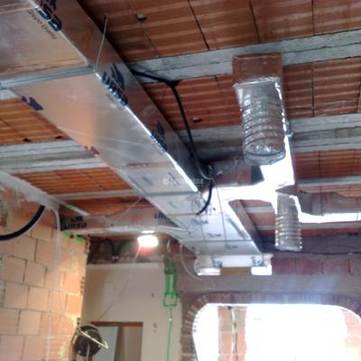 Presupuesto aire acondicionado conductos online habitissimo for Conductos de aire acondicionado