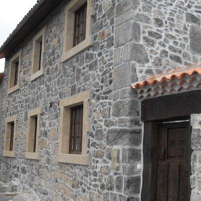 Rehabilitación Fachadas, Colocacion Piedra, Construcciones Reformas