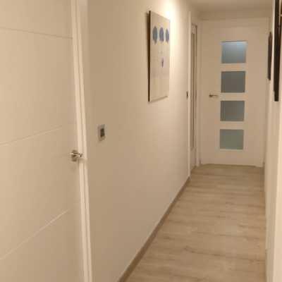 Vista 1 pasillo reformado