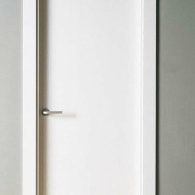 Puerta lisa blanca