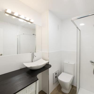 Baño optimizando espacio