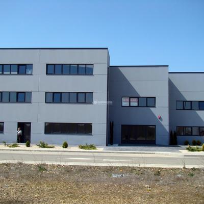 Arquitectos Técnicos, Delineantes, Constructores