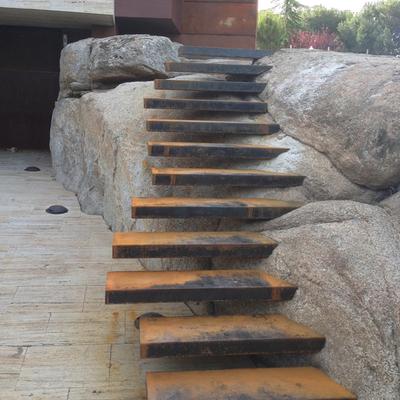Escaleras acero corten.