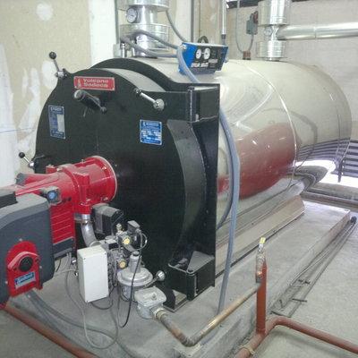instalación de caldera industrial en hotel