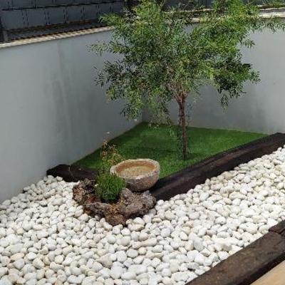 Piedras + madera