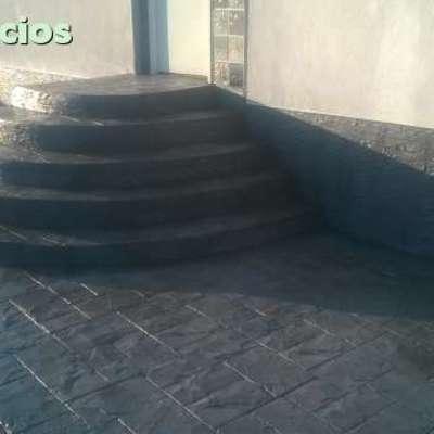 Escalera semi redonda hormigón impreso pizarra