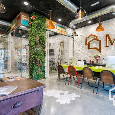 Oficina inmobiliaria M5 proyecto integral diseño y construcción propio