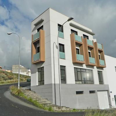 Edificio de viviendas, Comercial y Garajes