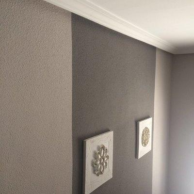 Contraste de colores en portal de casa