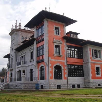 Rehabilitación de fachada y tejado.
