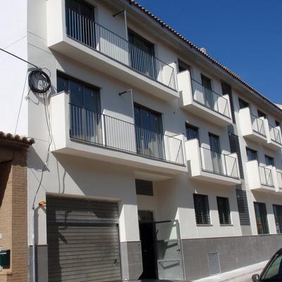 F*g! arQuiteQturas 17 viviendas en Gilet