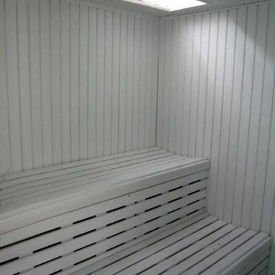 Interior sauna blanca