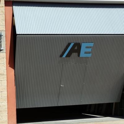19- Puerta nave industrial