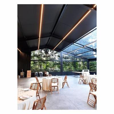 instalación de iluminación para salón de eventos