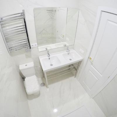 Baño estilo marmol