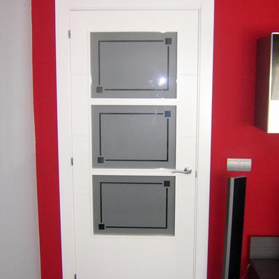 Ideas y fotos de ventanas y puertas de estilo moderno en for Puertas estilo moderno