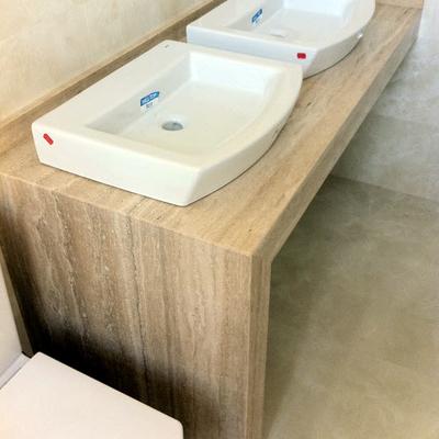 Encimera de lavabo en Travertino Romano. Lavabos sobre encimera