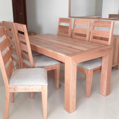 Fabricación de mesa y sillas de comedor para un piso (Santo Domingo, República Dominicana)