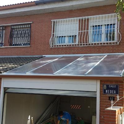 Cubrición garaje cubierta policarbonato Getafe
