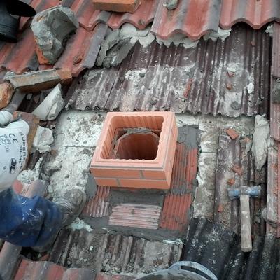 Restauracion de una chimenea.