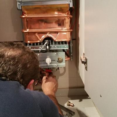 Instalación termo a gas natural NECKAR