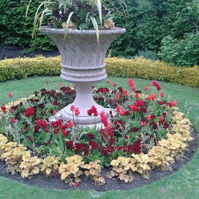 Fuente decorada