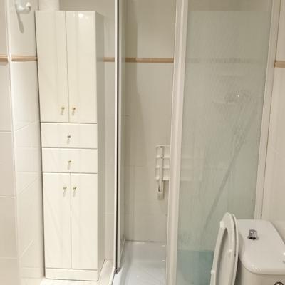 Reforma en zona de ducha antes