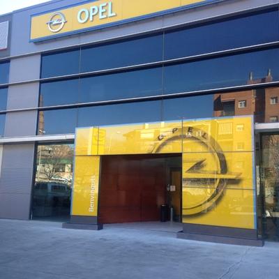 Actualización imagen concesionario Opel