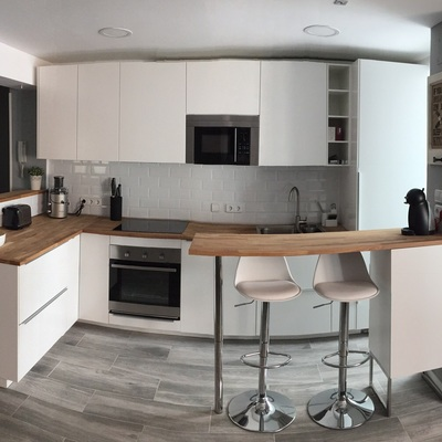 Vista frontal de cocina