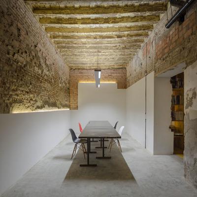 Estudio de Arquitectura CUAC y diseño 2041 en San Jerónimo 17