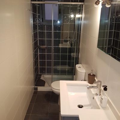 Segundo baño de la casa, básico y como.