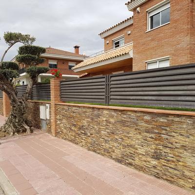 Presupuesto revestir fachada con piedra online habitissimo for Zocalo fachada exterior