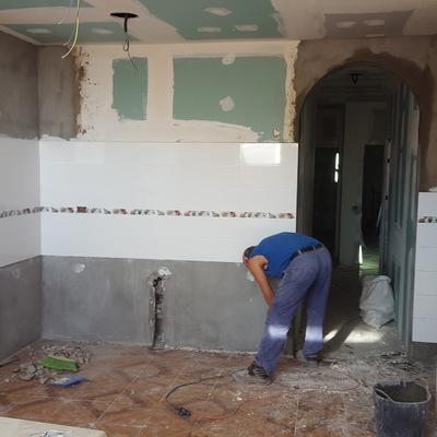Demolición de piso de cerámica
