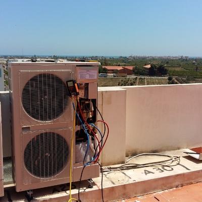 Aire acondicionado - climatizacion por conductos 10 000 frigorias - cliente particular