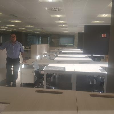 Transporte y montaje de grandes oficinas