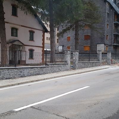 Muro de piedra pizzara
