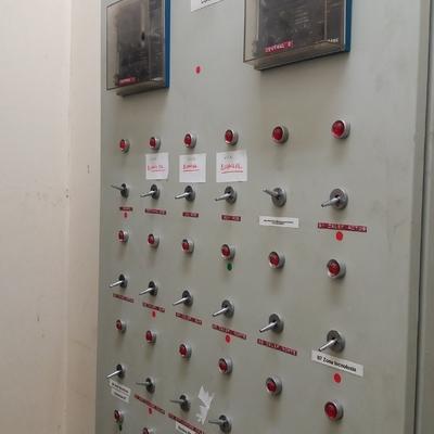 INSTALCIONES Y MANTENIMIENTO DE CUADROS ELECTRICOS