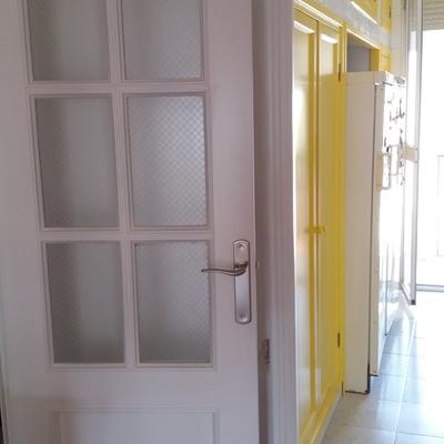 Lacado blanco y amarillo