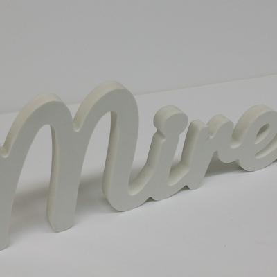 Nombre cortado en PVC de 20 mm