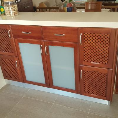 mueble cocina bajo encimara lacado tinte especial