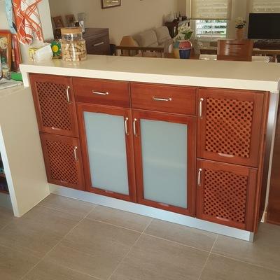 mueble cocina bajo encimare lacado tinte especial