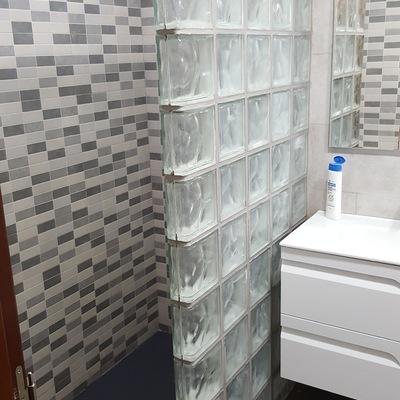 Cambio bañera por ducha y reforma de baño