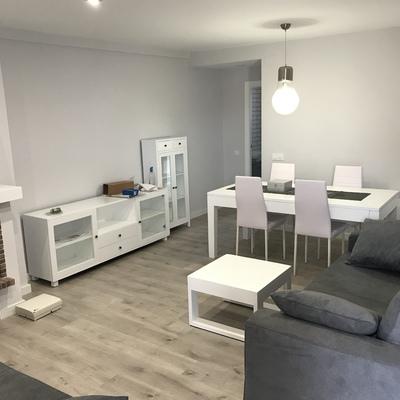 Comer y muebles lacados en blanco