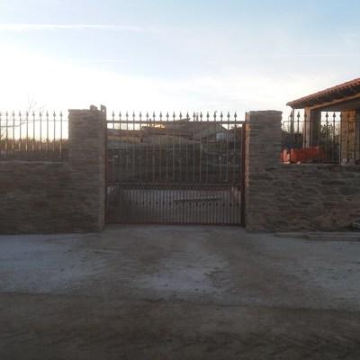 Vallado de piedra rustica
