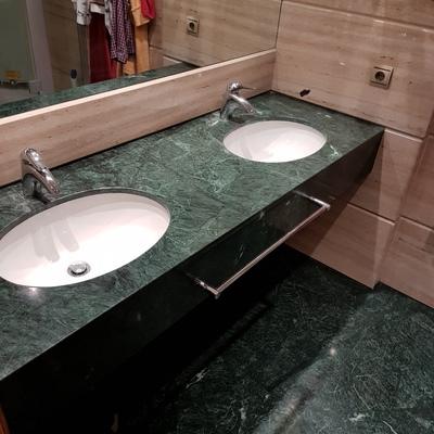 Quemado de marmol por productos que no se deben utilizar nunca bang