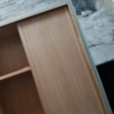 Haciendo armario en taller