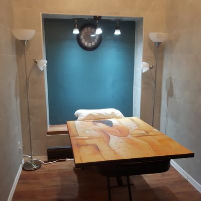 Diseño de espacios y construcción sala para masajes.