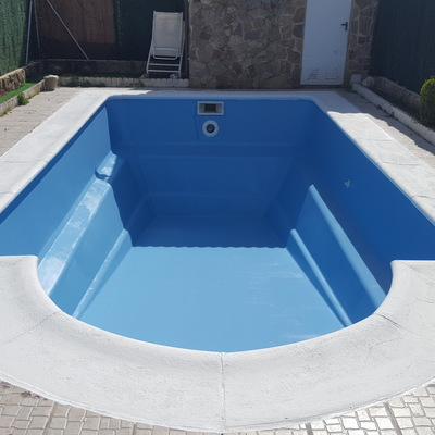 Pintura piscina prefabricada - Trabajo terminado