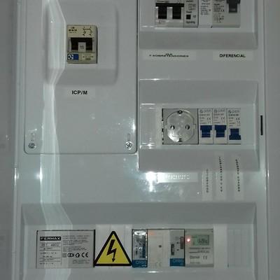 Cuadro eléctrico servicios comunes